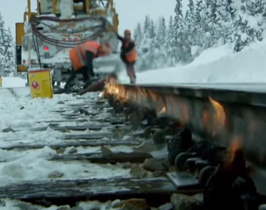 FireSnake rail heater